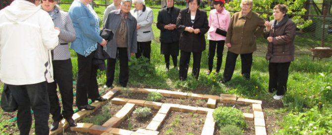 Knowledge handover in local communities